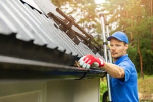 Denver roofer can clean your roof and gutters